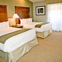 gilroy-hotel-double-queen-room